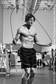 bodybuilder jumping rope